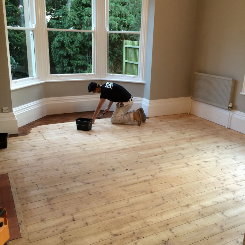 Decorator in Worcestershire - RDW
